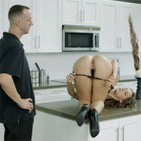 Placer anal con Cassidy Klein y Criss Strokes
